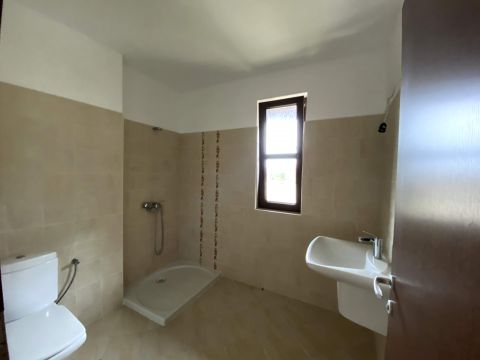 Тристаен апартамент - 10Г