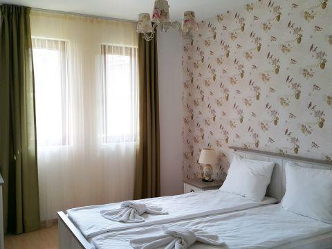 Тристаен апартамент - 68Г