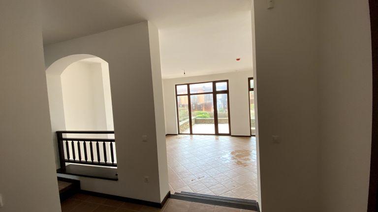 Къща близнак с три спални - 55Б